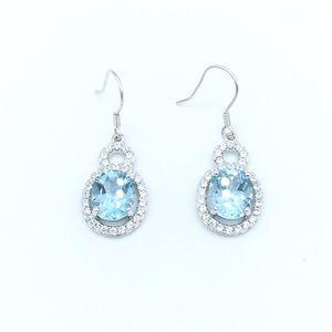 Jewelry - 🛍925 SS Light Blue Topaz Dangling Earrings🛍